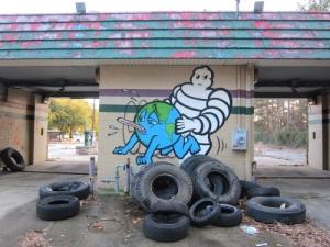 Une peinture murale de l'artiste street-art américain Sever MSK