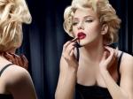 Le changement d'apparence via le maquillage peut aider à rentrer dans un rôle