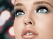 Le maquillage permet d'agrandir les yeux et de souligner les lèvres