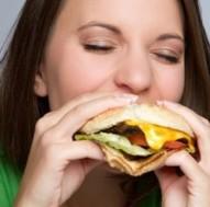 femme hamburger